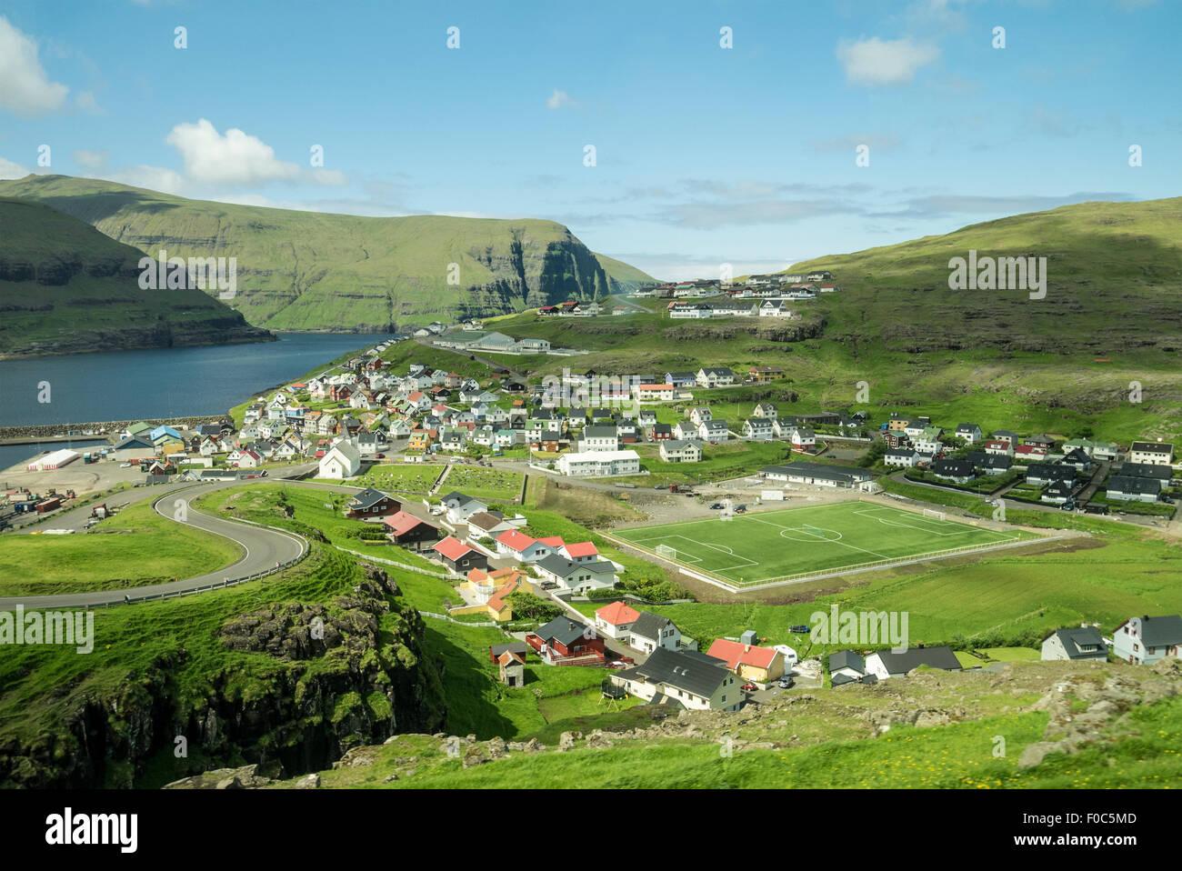 Village de eidi sur les îles féroé Photo Stock