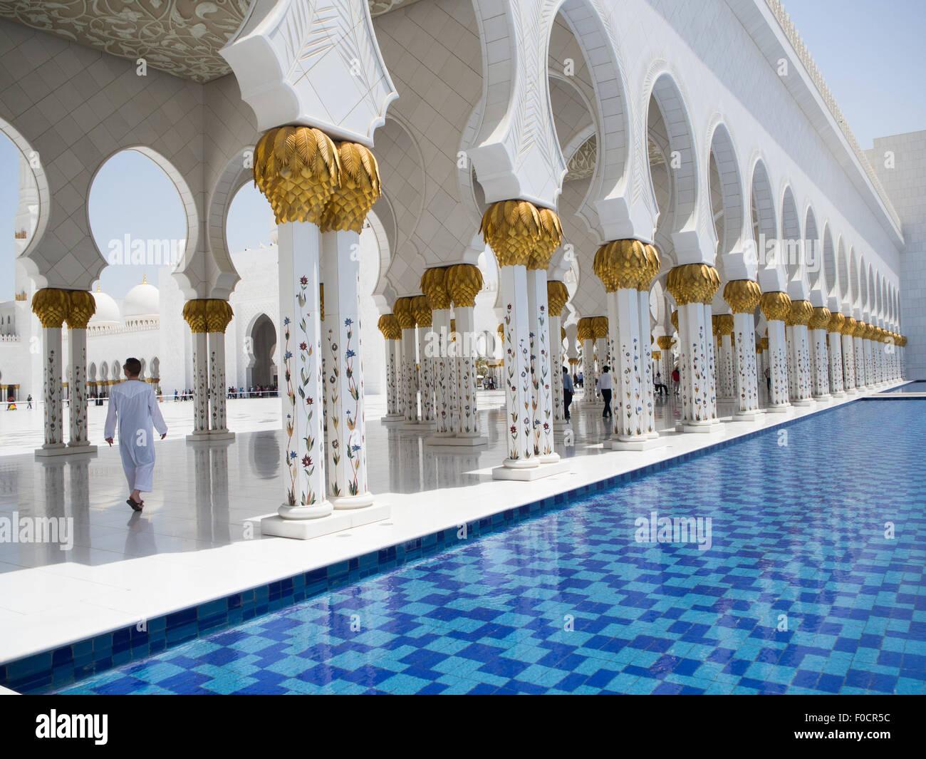 Grande Mosquée de Sheikh Zayed à Abu Dhabi, Émirats arabes unis Banque D'Images