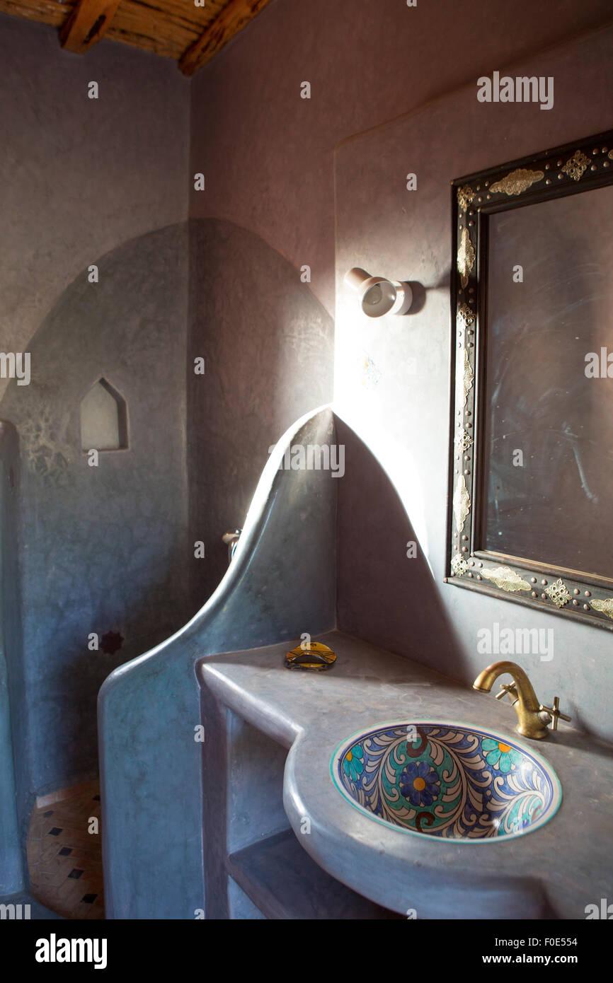 c8.alamy.com/compfr/f0e554/spa-et-salle-de-bains-d...