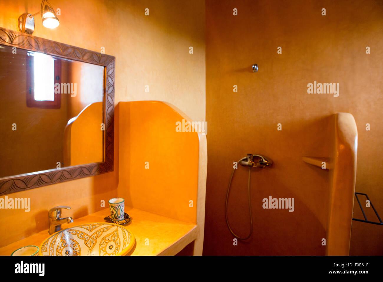 Tadlek Photos & Tadlek Images - Alamy