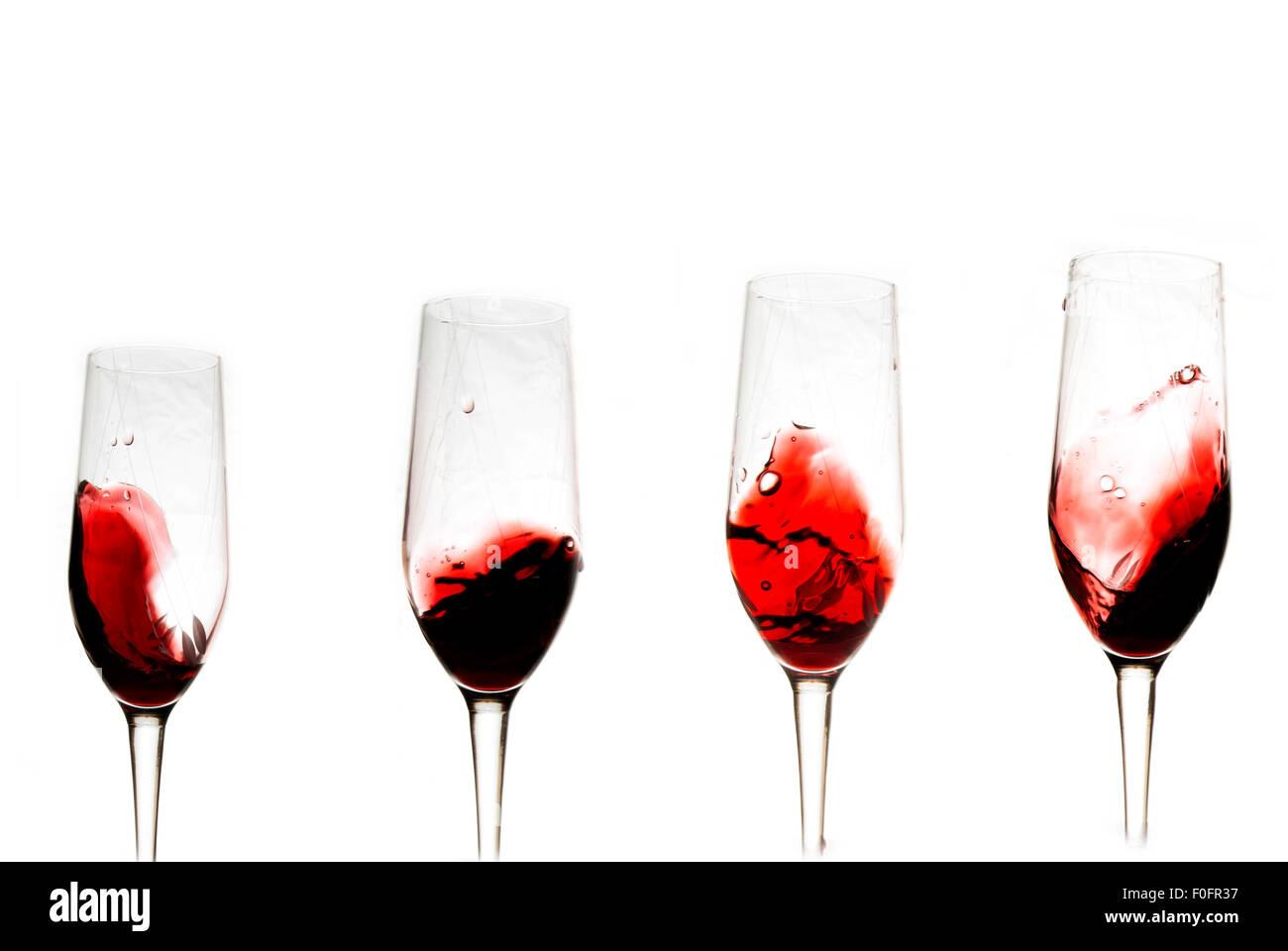 Verre De Vin Blanc Et De Vin Rouge Fond Blanc Cin Cin Prosit Bonne Annee Pain Grille Photo Stock Alamy