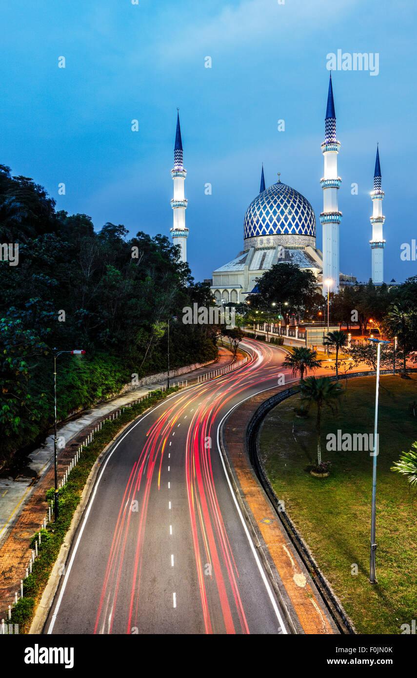 Le Sultan Salahuddin Abdul Aziz Shah mosquée à Shah Alam, Malaisie. Photo Stock