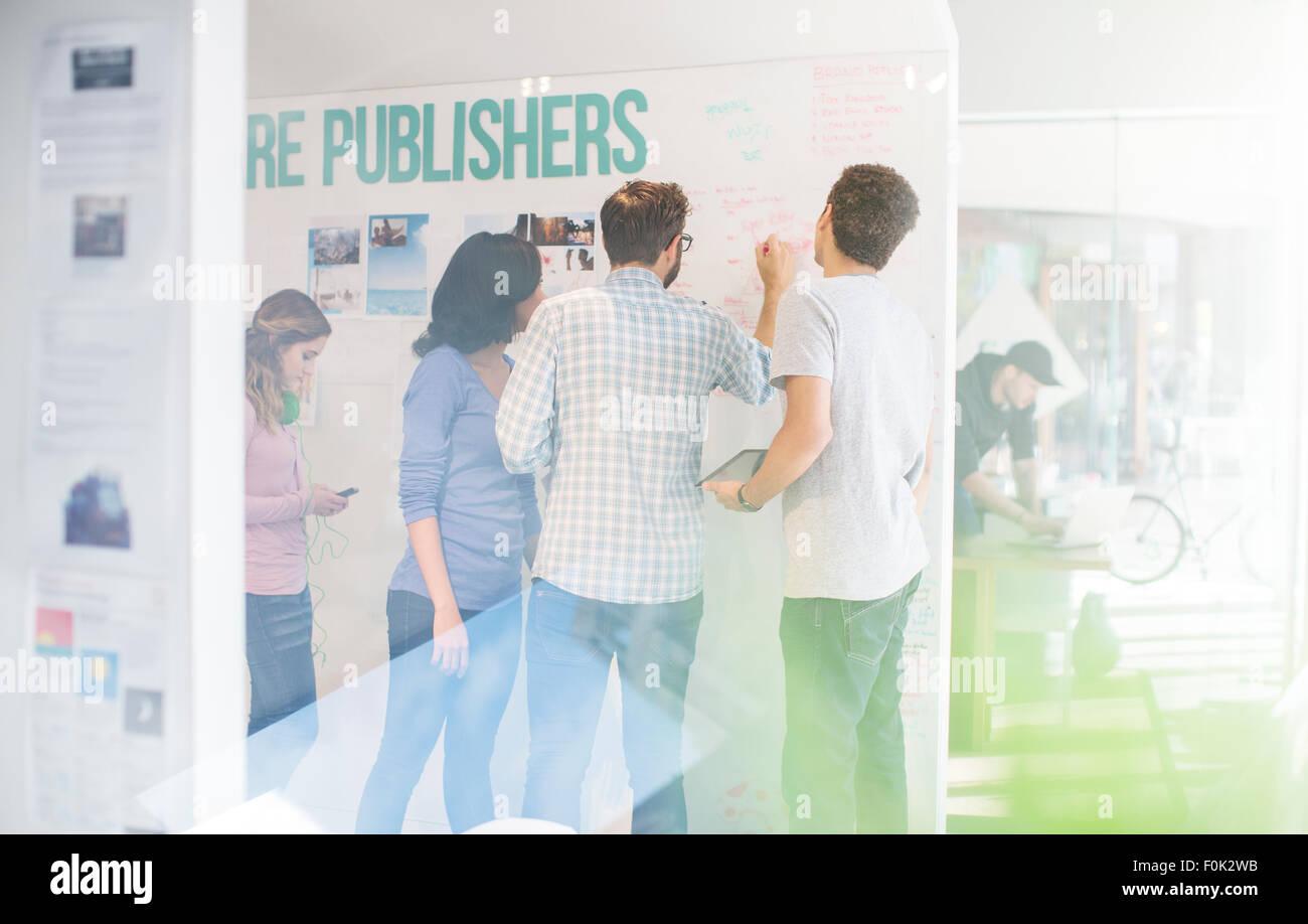 Les éditeurs office brainstorming Photo Stock