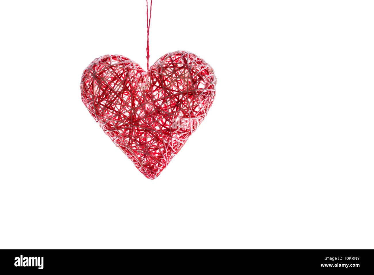 Coeur Rouge Fait Main Du Thread Cadeau Pour La Saint Valentin Le Concept De L Amour Et La Passion Isole Sur Fond Blanc Photo Stock Alamy