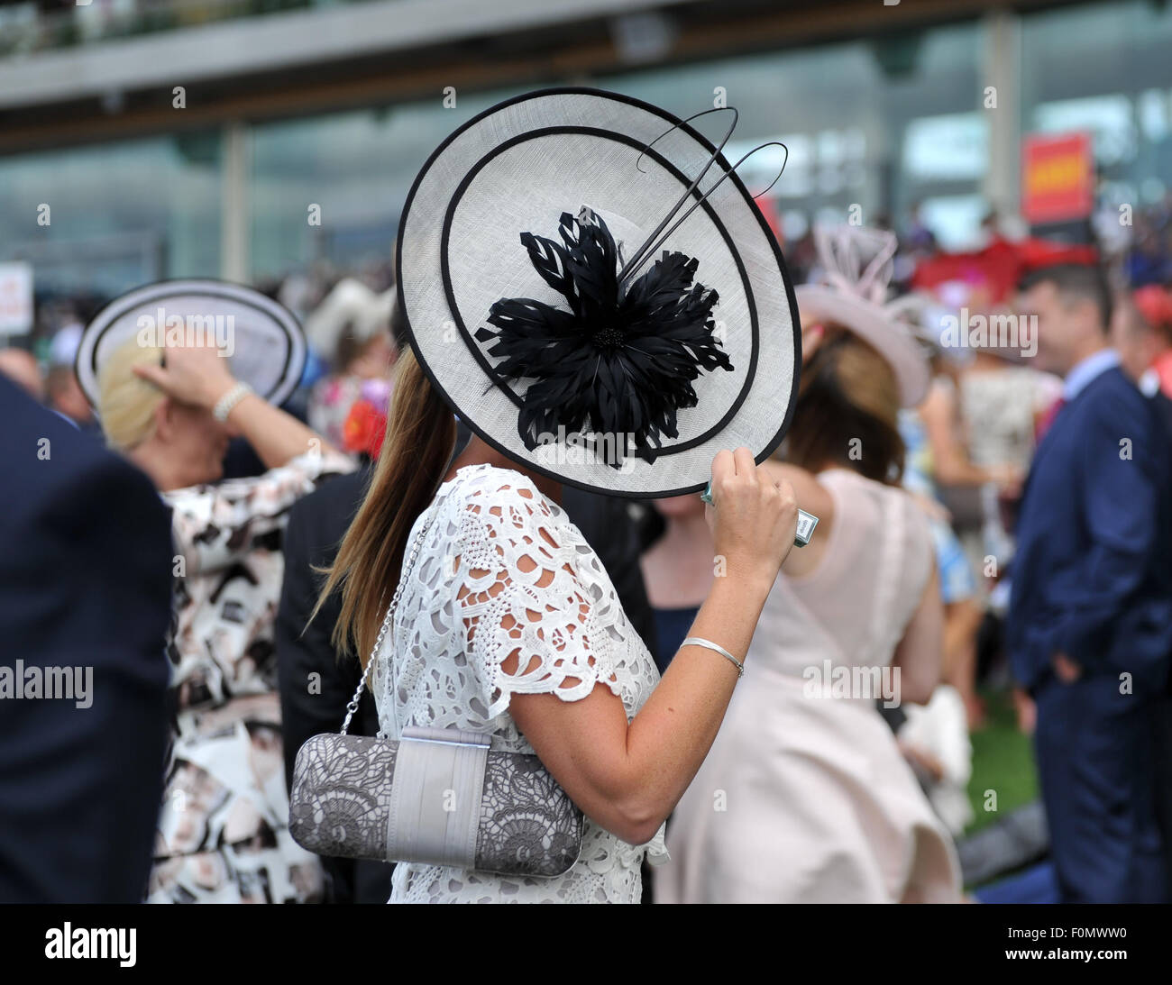 Royal Ascot 2015 tenue à Ascot Racecourse - Jour 2 Où : Ascot, Royaume-Uni Quand : 16 Juin 2015 Photo Stock