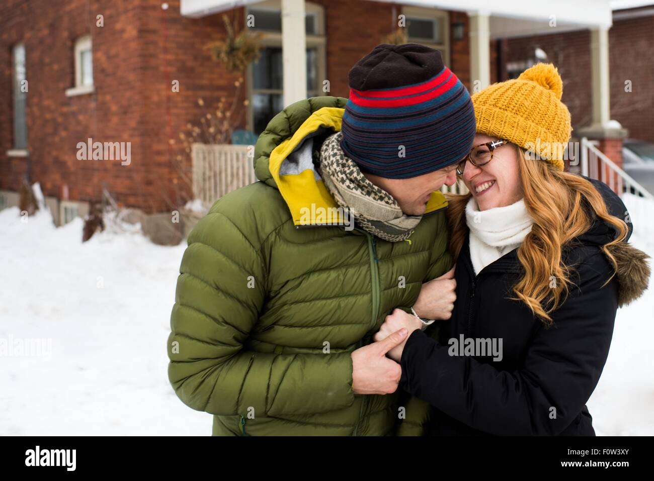 Couple hugging in winter Photo Stock