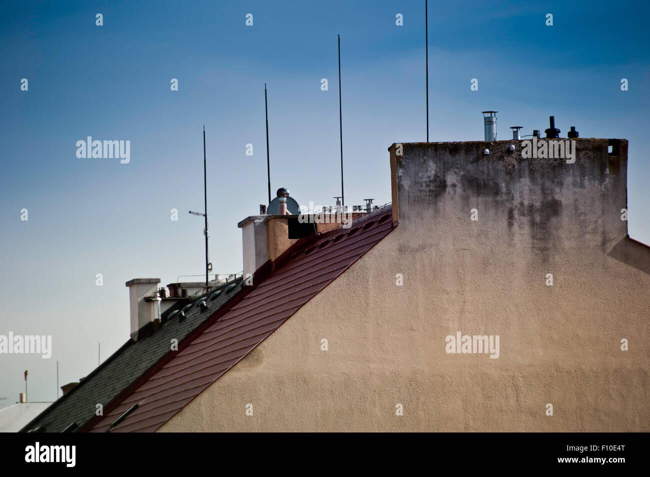 Toits de maisons et les paratonnerres Photo Stock