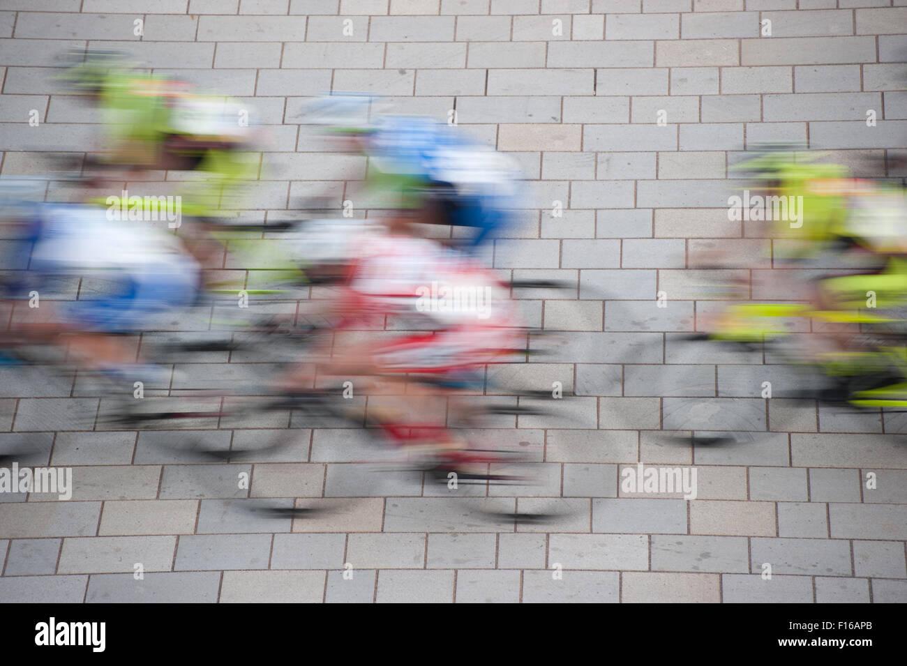 Course cycliste, l'effet de flou de mouvement Photo Stock