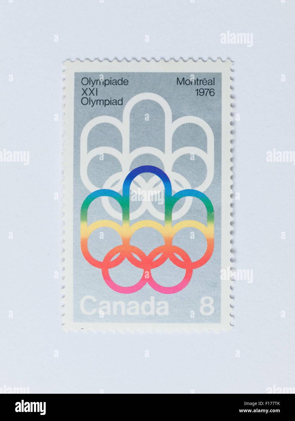 Un Canadien 8-100 Timbre-poste commémorant les Jeux Olympiques d'été de 1976 à Montréal, Canada. Banque D'Images