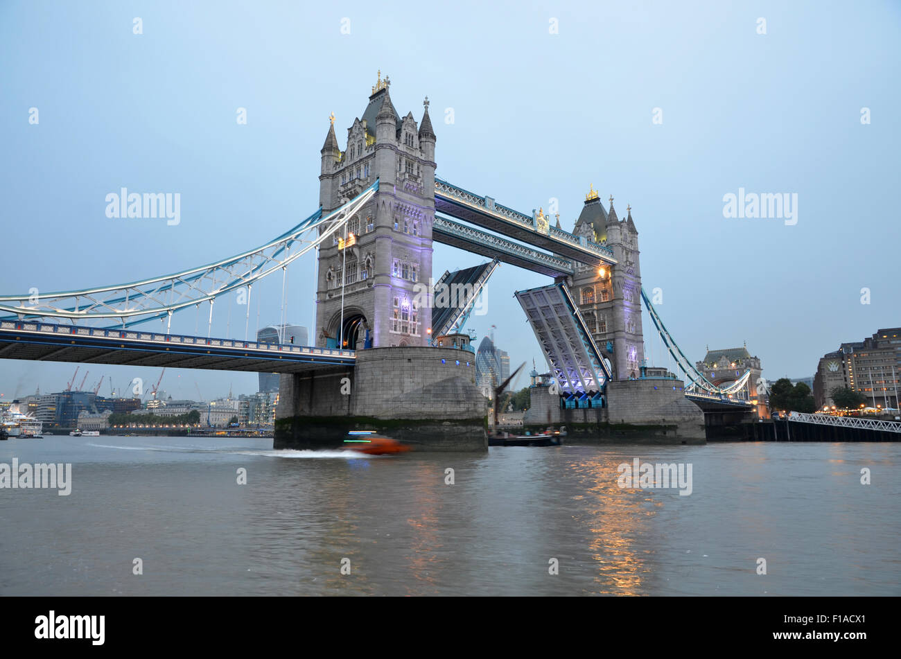 Tower Bridge, Londres, Royaume Uni, Grande Bretagne Photo Stock