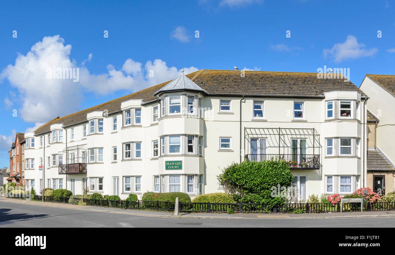Appartements à la retraite de la Cour vers la rue de l'Ouest, Bognor Regis, West Sussex, Angleterre, Royaume Photo Stock