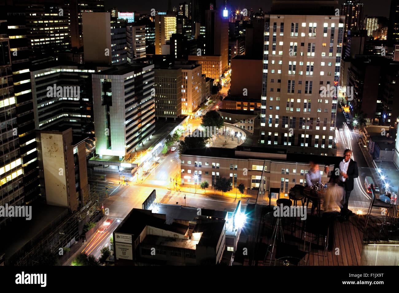 Des boissons en soirée, centre-ville de Johannesburg Photo Stock