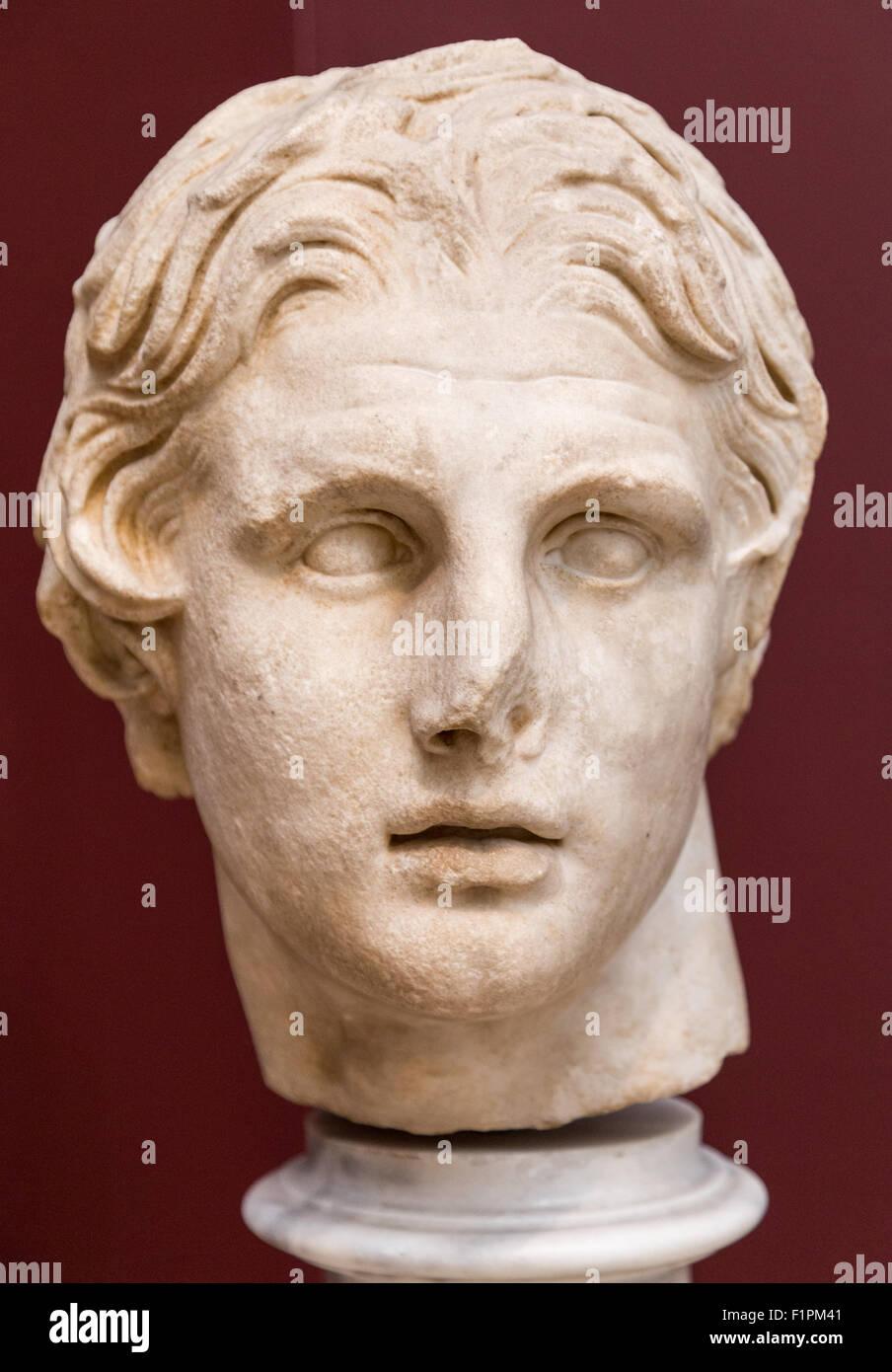 Une Tête en marbre d'Alexandre le Grand, 2ème siècle avant J.-C. sur l'affichage dans le Photo Stock
