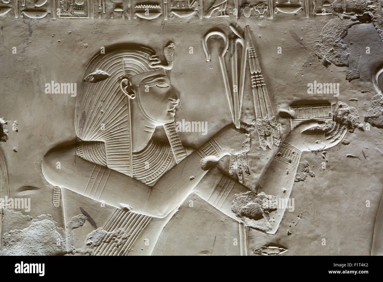 bas relief de pharaon seti i temple de seti i abydos. Black Bedroom Furniture Sets. Home Design Ideas