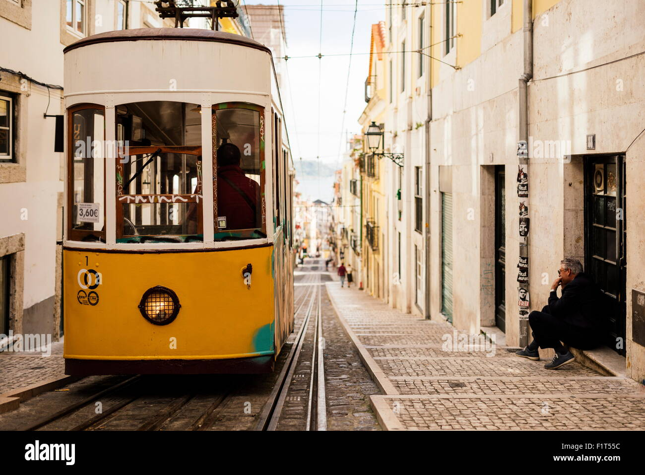 En tramway Elevador da Bica, Lisbonne, Portugal, Europe Photo Stock