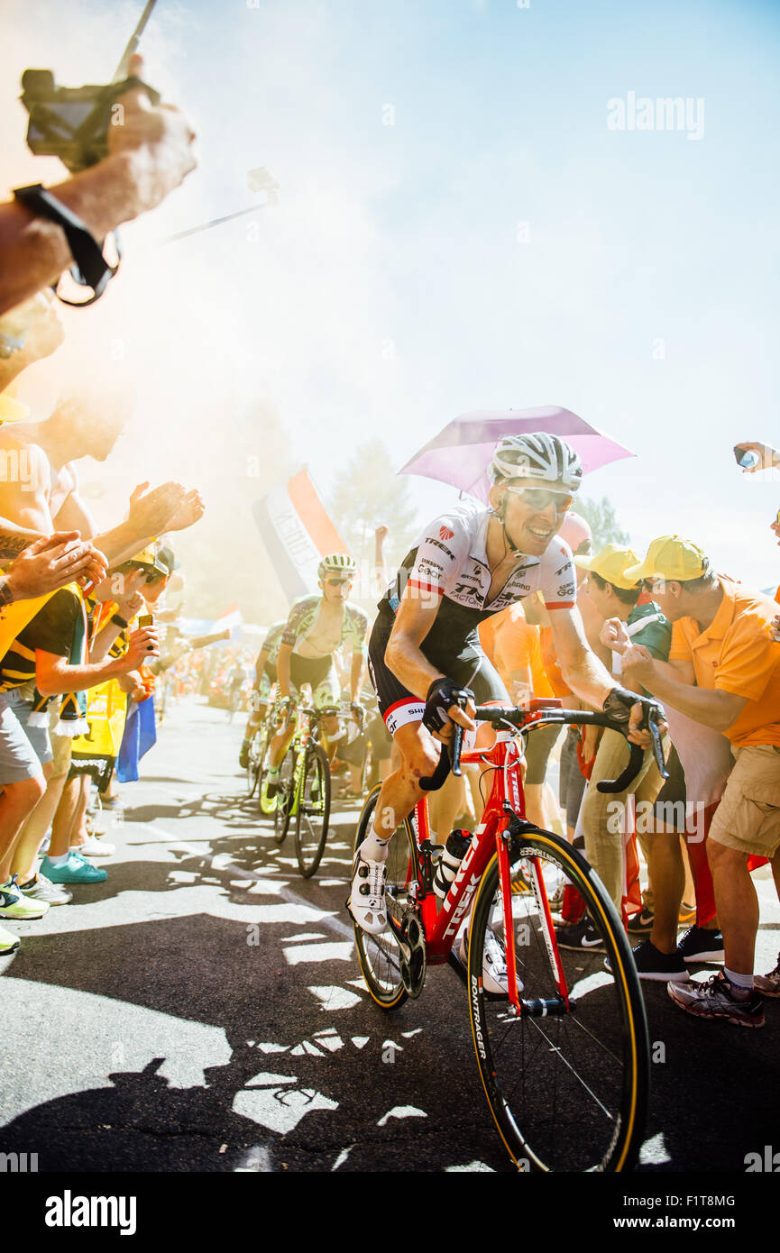 Tour de France - Dutch Corner - Trek Factory Racing et Saxo Tinkoff riders sur l'Alpe d'Huez Photo Stock