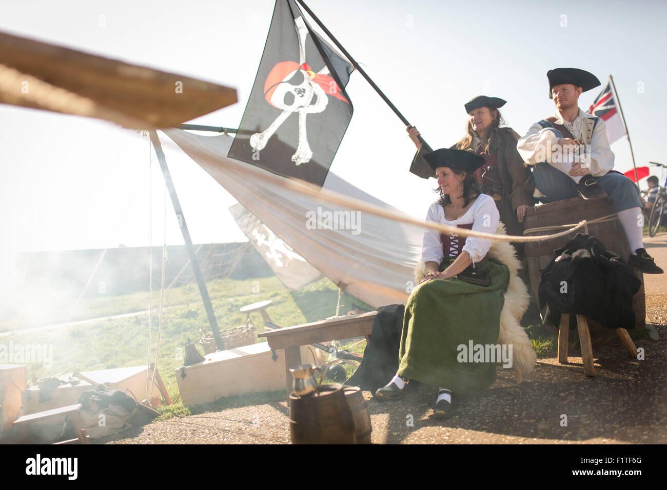 Beau temps au cours des puits de la mer Festival Pirate , Wells next the Sea , North Norfolk. Banque D'Images