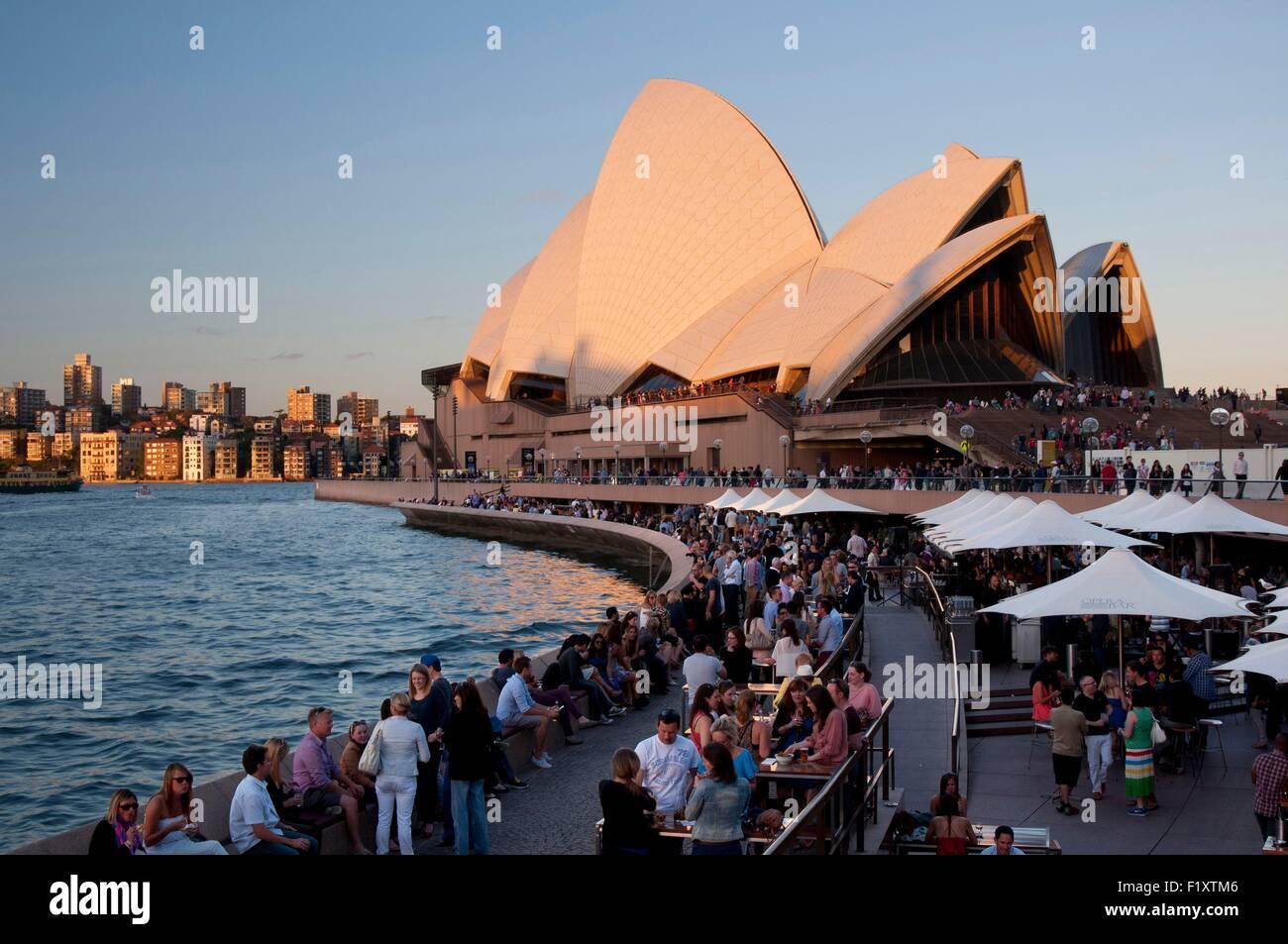 l 39 australie new south wales sydney derniers rayons du soleil sur l 39 op ra de sydney inscrite. Black Bedroom Furniture Sets. Home Design Ideas