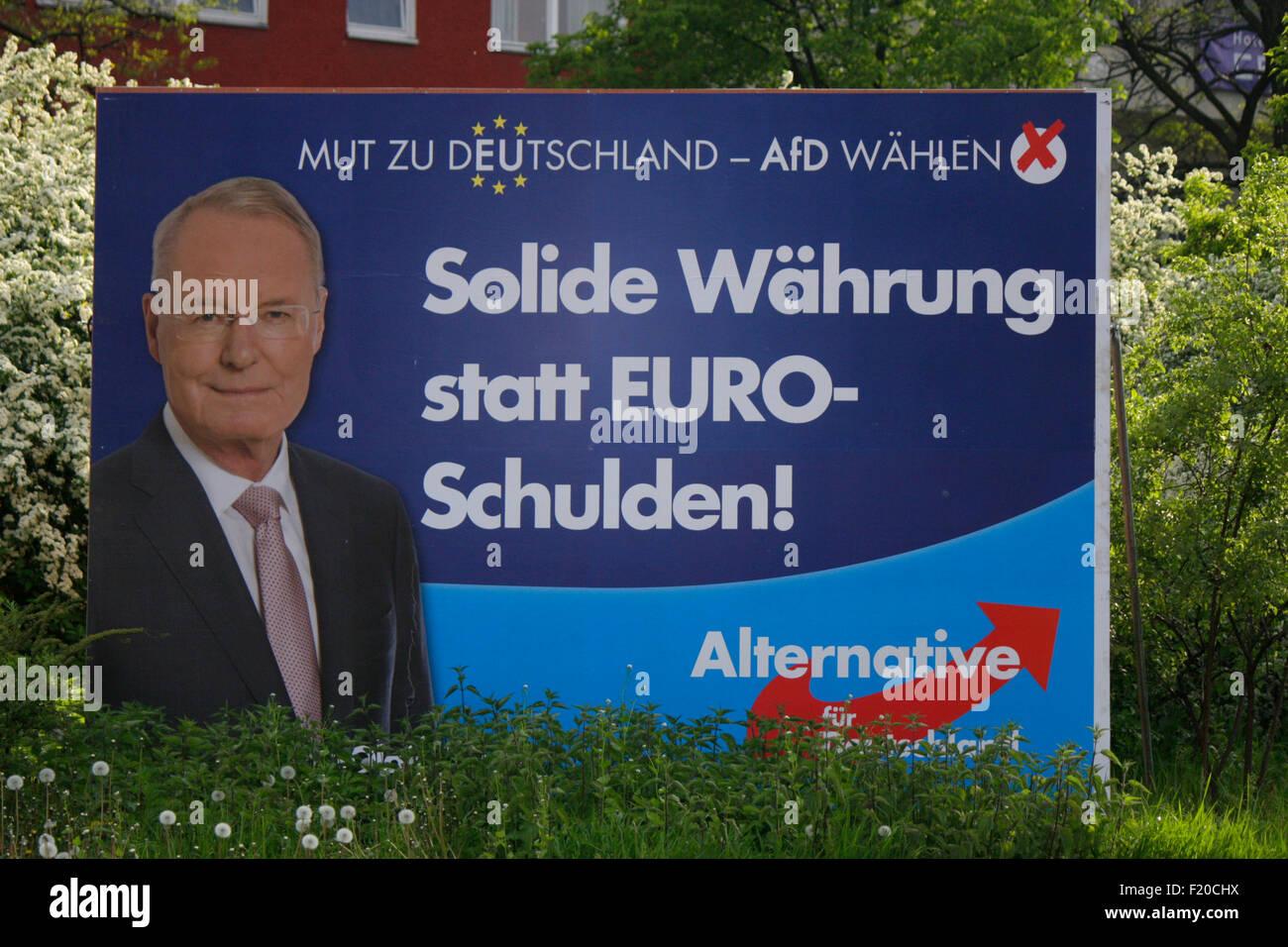 'Solide' Waehrung statt Euro Schulden, Olaf Henkel, Alternative für Deutschland - Wahlplakate zur Europawahl Photo Stock