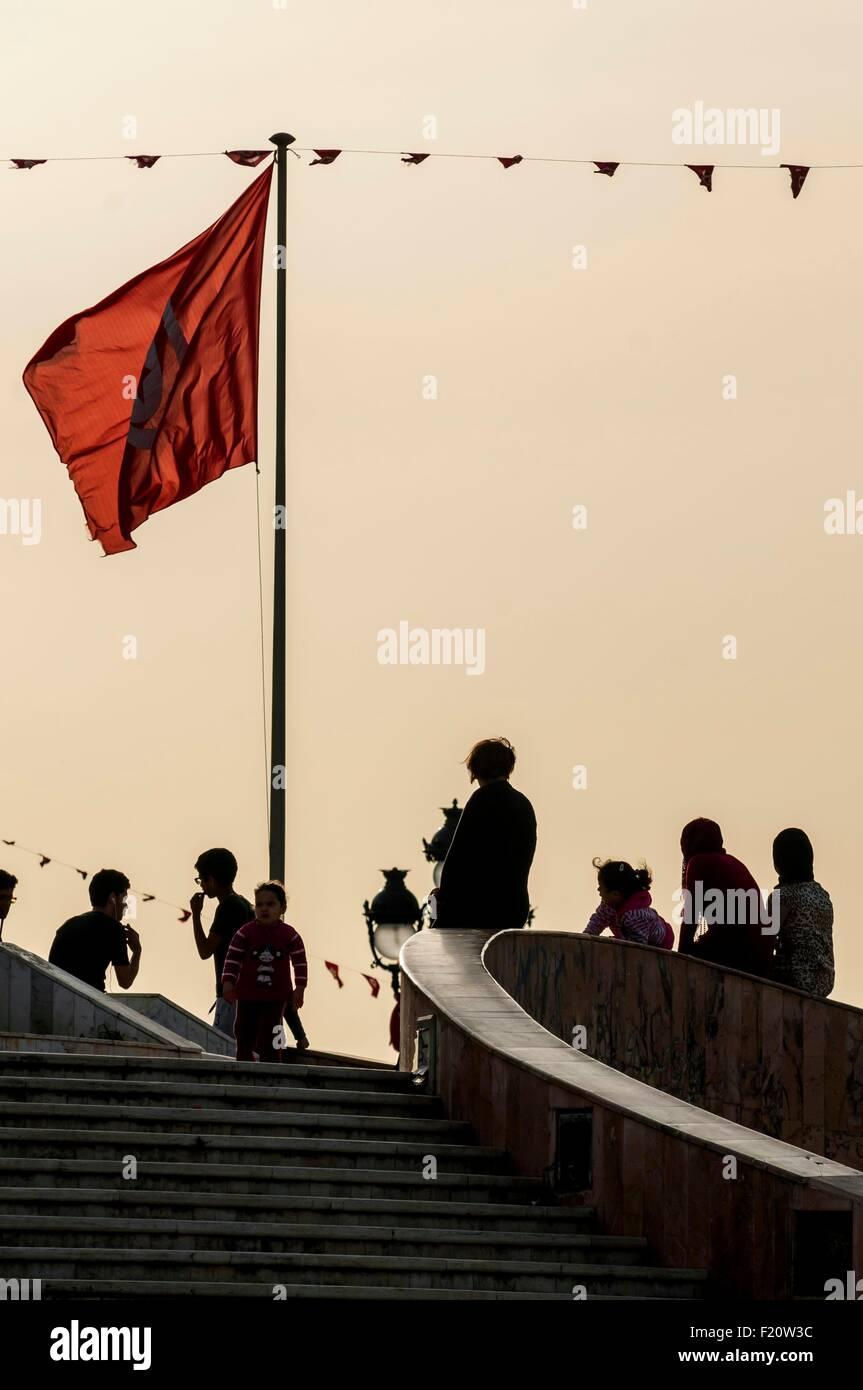 Tunisie, Tunis, centre-ville, Place de la Kasbah à la frontière de la vieille ville de Medina Photo Stock