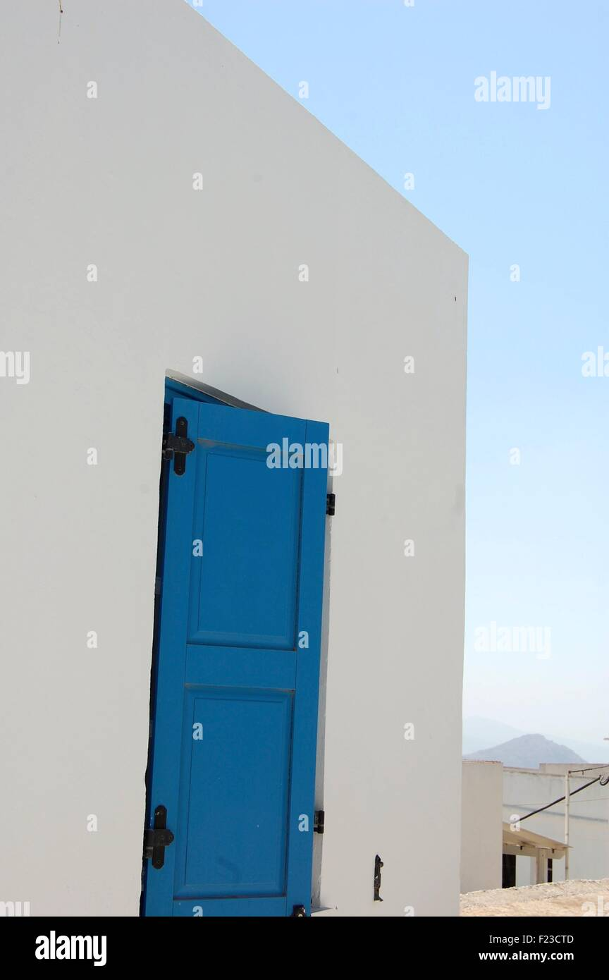 Maison Blanche et porte à Amorgos Grèce Banque D'Images
