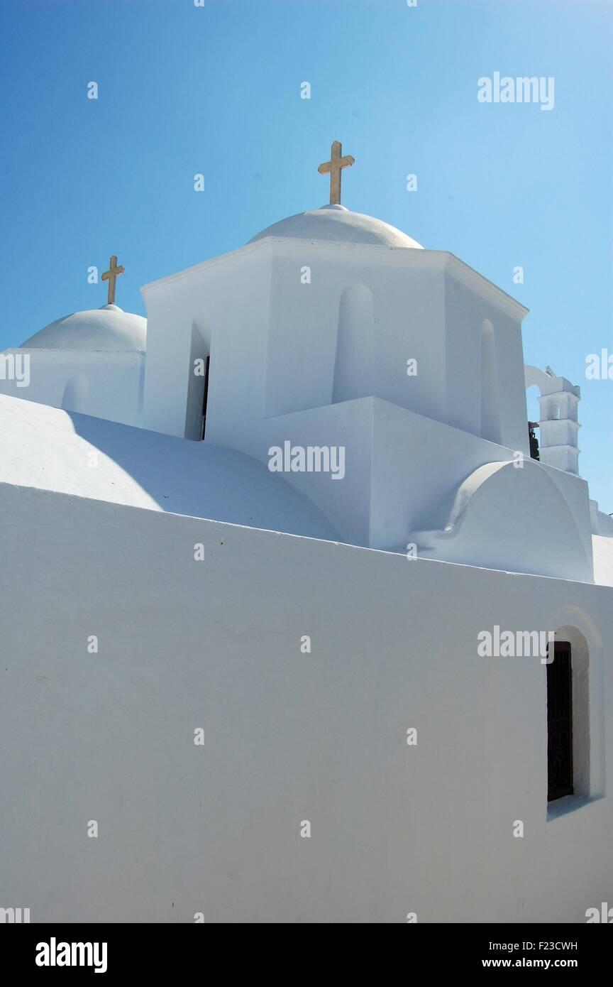 Église dans la chora de l'île d'Amorgos, Grèce Photo Stock