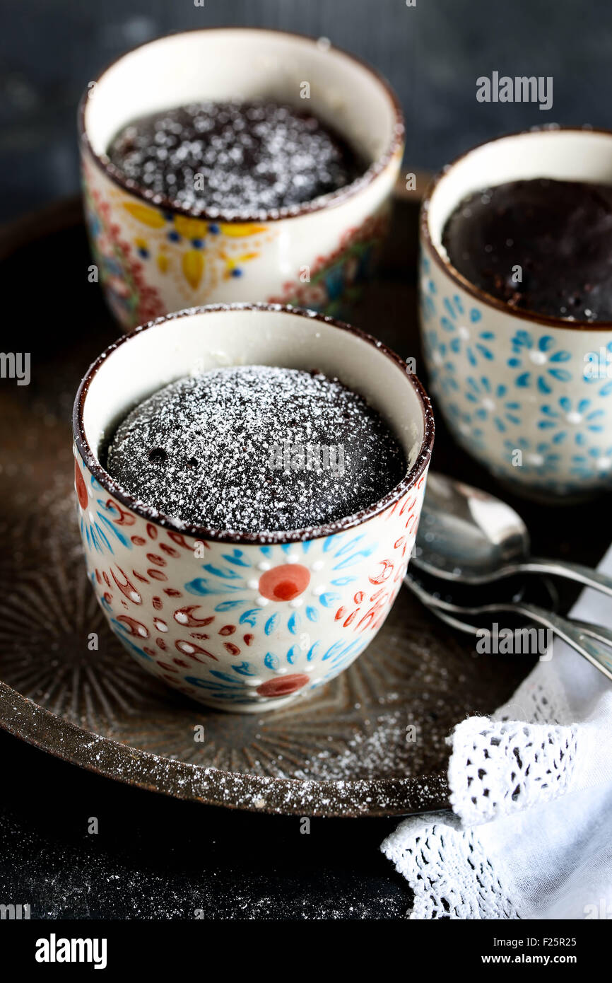 Mug cake au chocolat Photo Stock