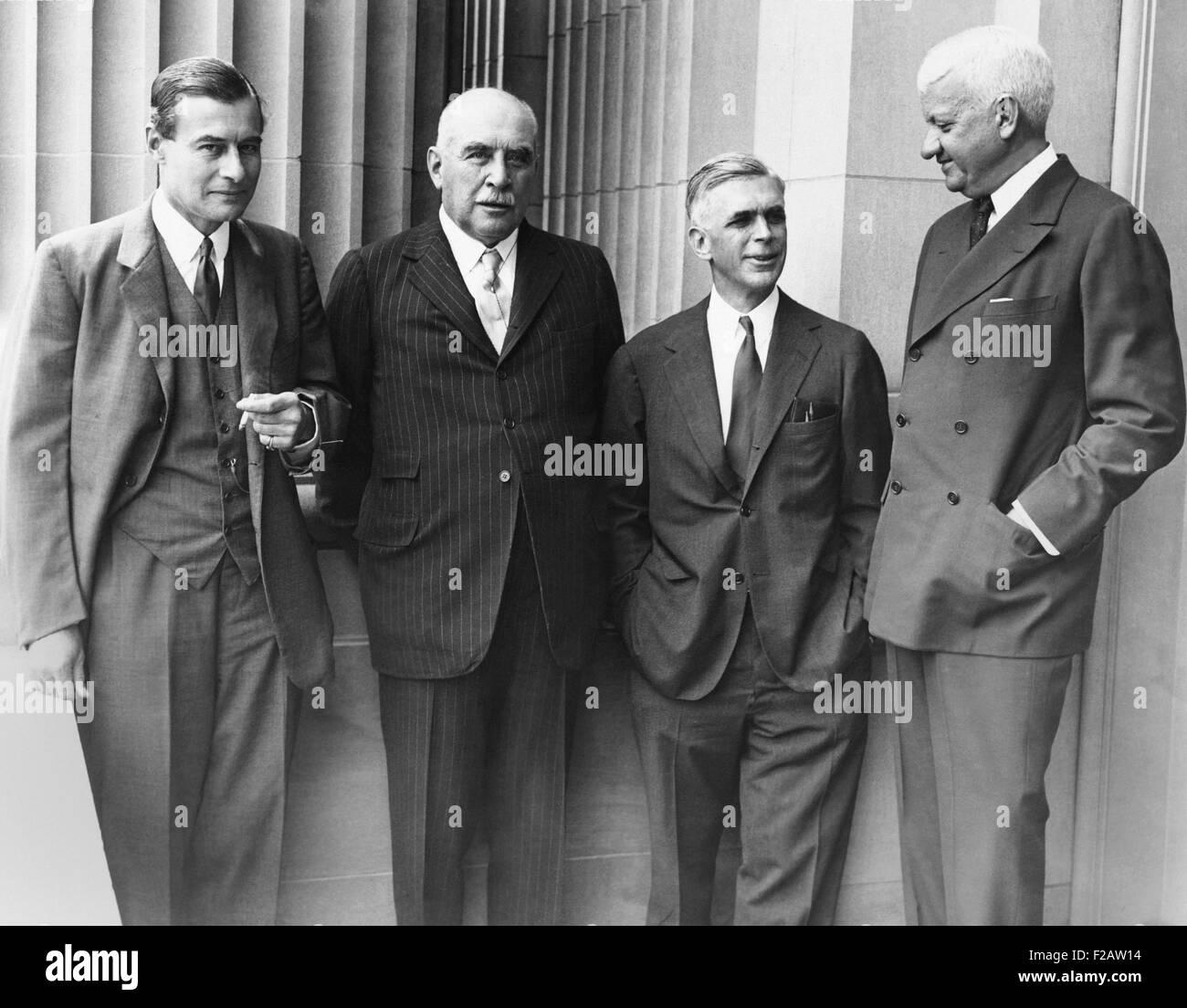 J.P. Morgan Jr. avec quelques-uns de ses partenaires lors de la monnaie et des banques du Sénat des audiences Photo Stock