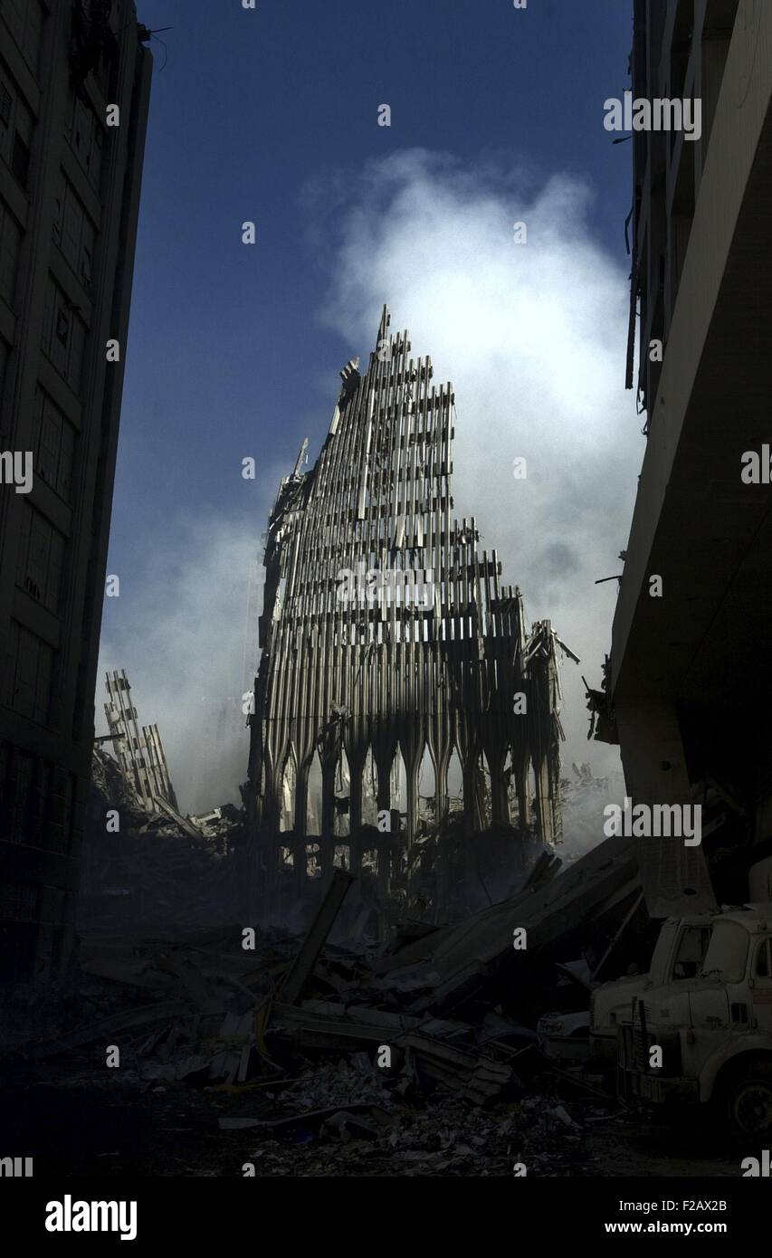 Vestiges de la tour nord du World Trade Center, le 14 septembre 2001. La ville de New York, après des attaques Photo Stock