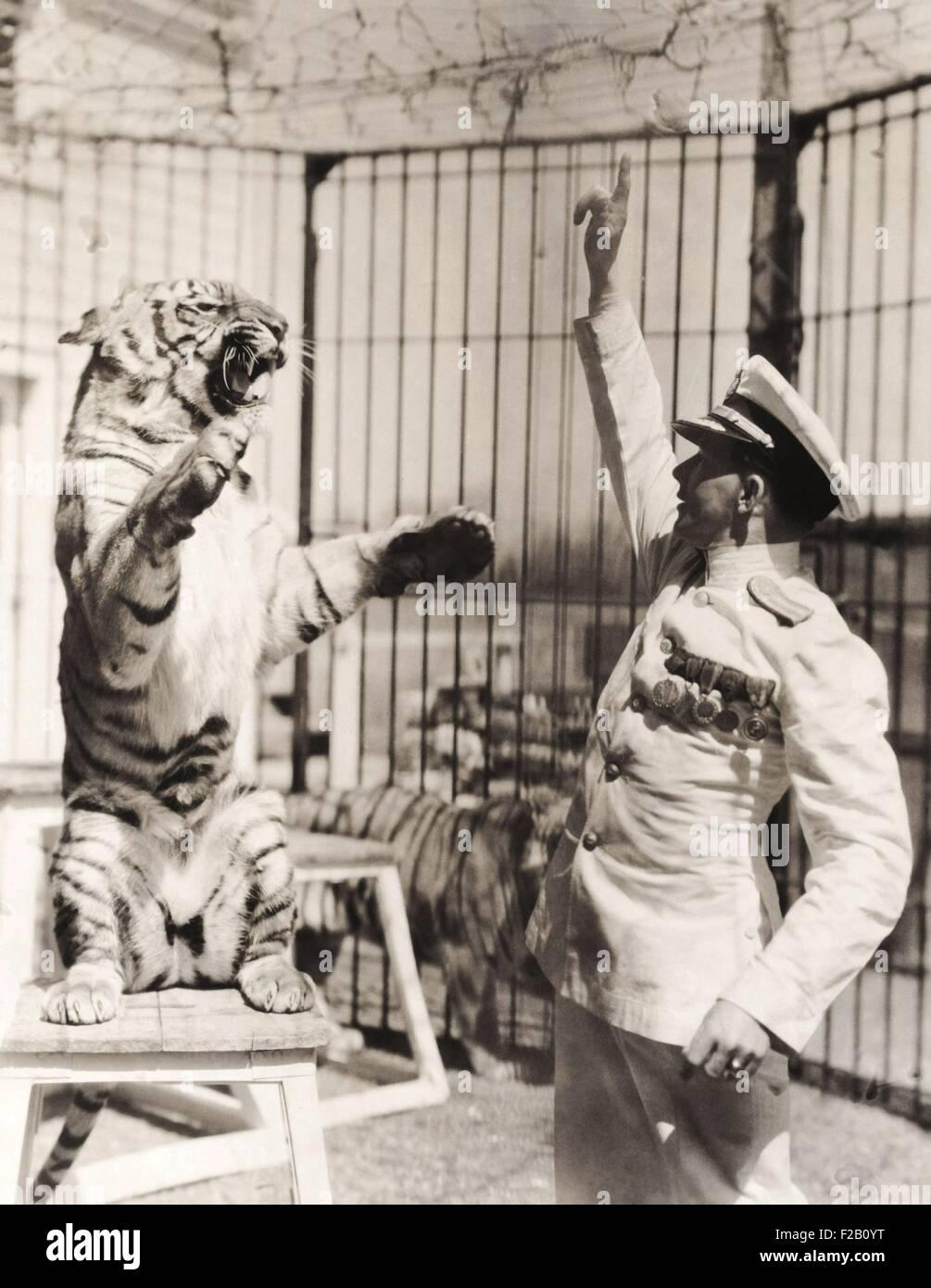 Le capitaine Proske romain, un entraîneur des animaux né à Vienne en 1898. À l'âge Photo Stock