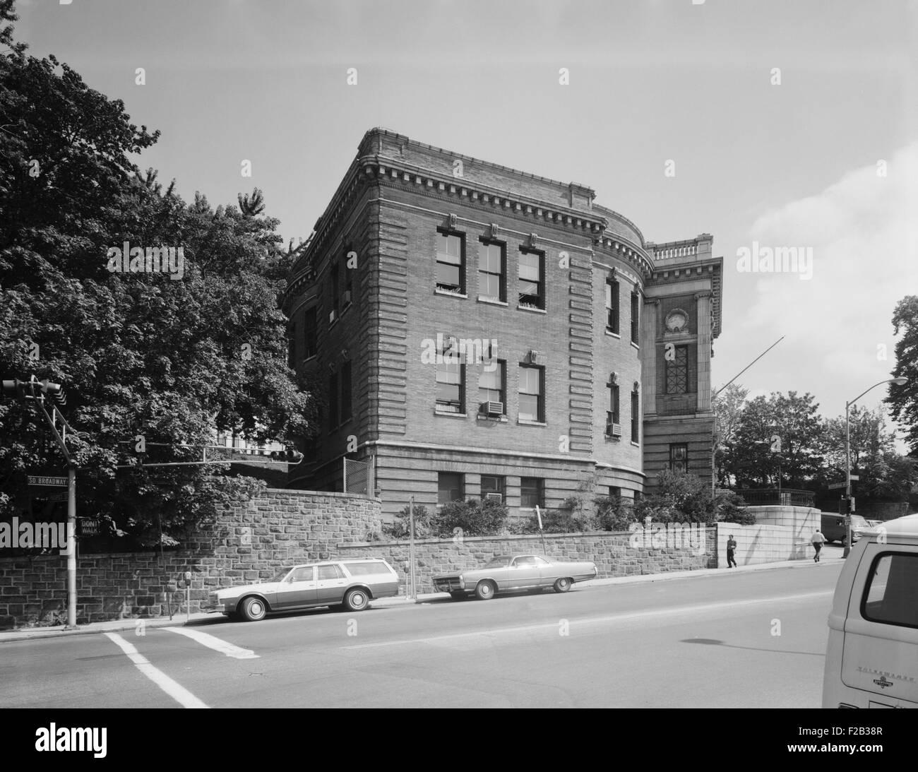 Yonkers Public Library, ca. 1980. L'aile nord-ouest. Nepperhan Avenue et Broadway. Le comté de Westchester, Photo Stock