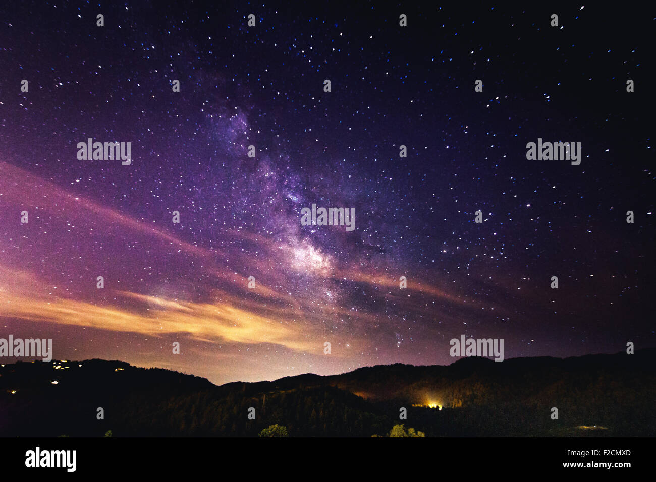 Le ciel de nuit - stars et Milky Way Photo Stock
