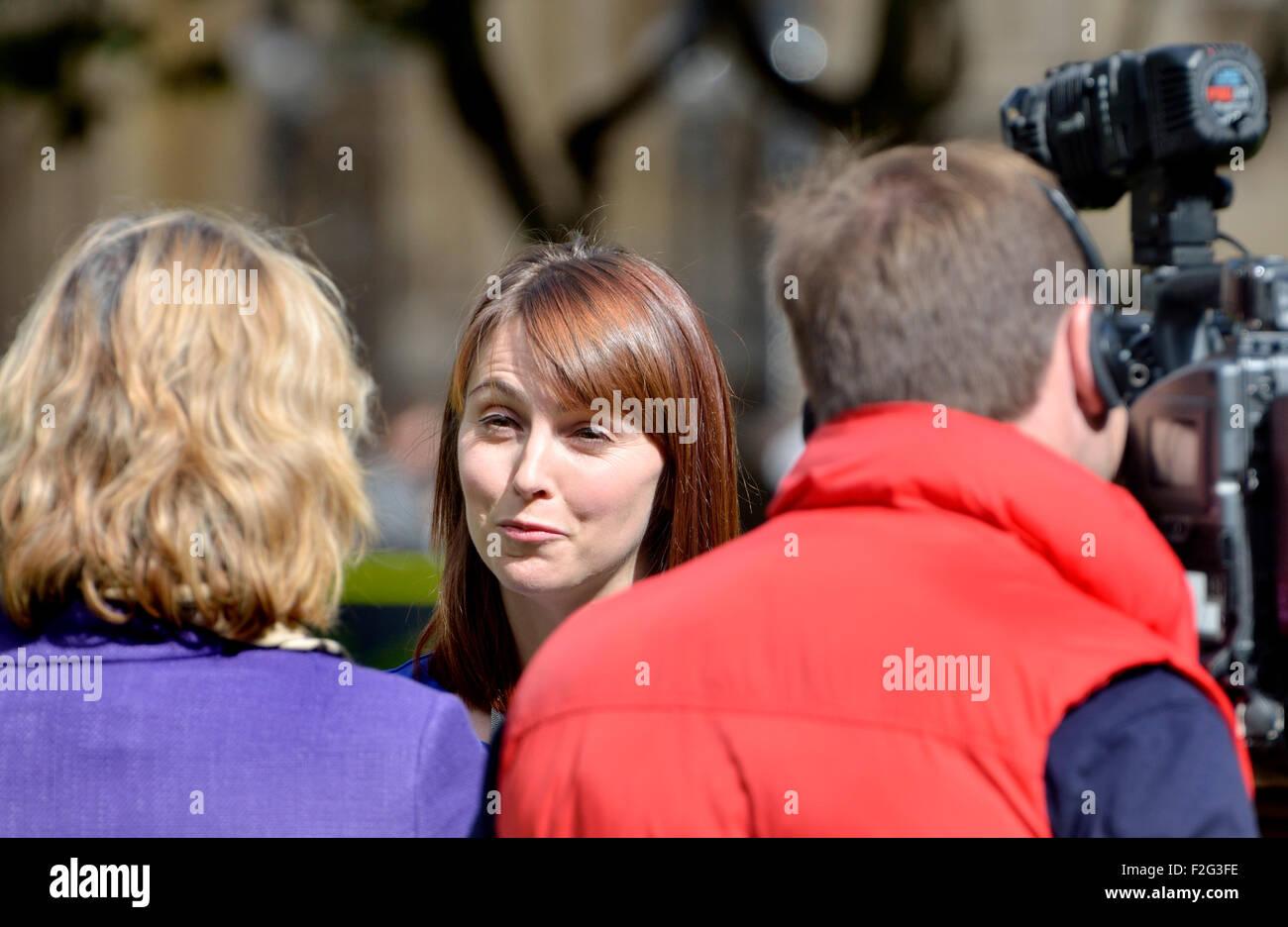 Melanie Onn MP (Membre du parlement du travail pour beaucoup de Grimsby) une entrevue pour la télévision Photo Stock