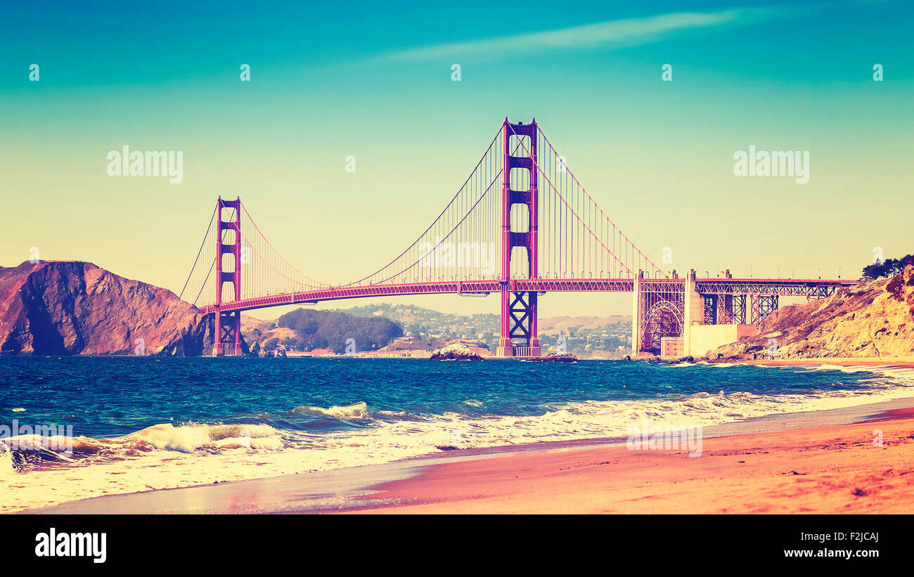 Style rétro photo du Golden Gate Bridge, San Francisco, Californie, USA. Photo Stock