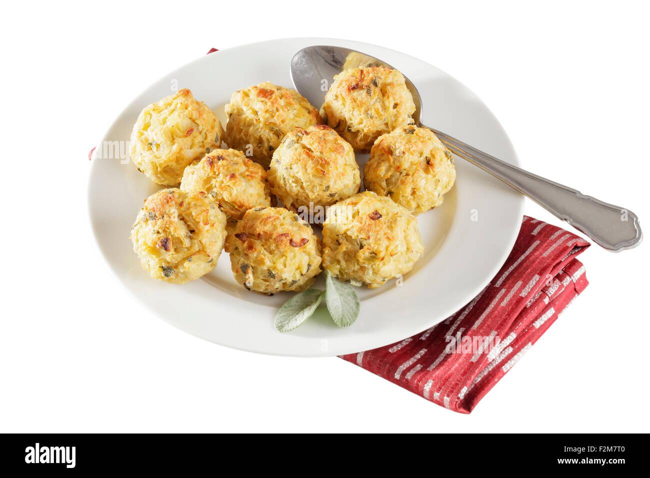 Sauge fraîchement cuits et boules de farce à l'oignon Photo Stock