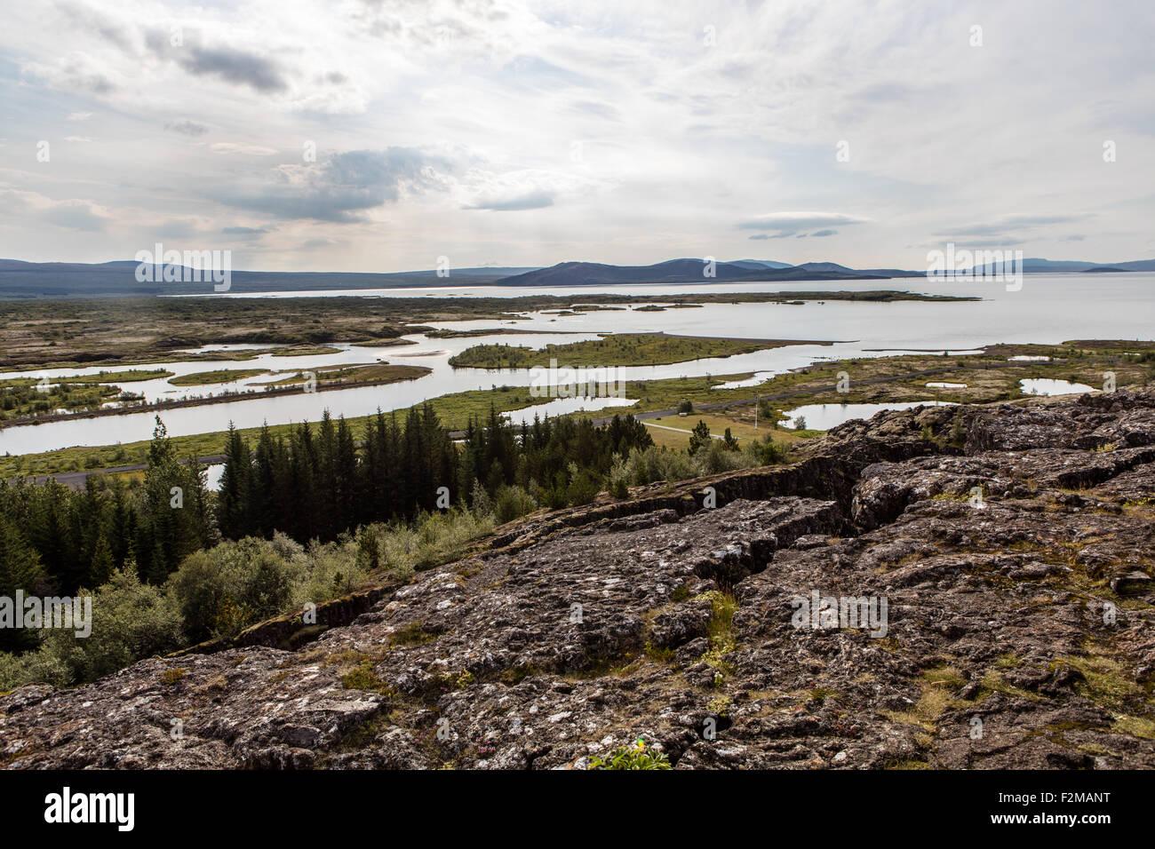 """Pingvellir, l'Islande, l'UNESCO, littéralement """"le Parlement, des plaines de la rivière Öxará Logberg, ligne, plaque nord-américaine et la plaque eurasienne, Banque D'Images"""