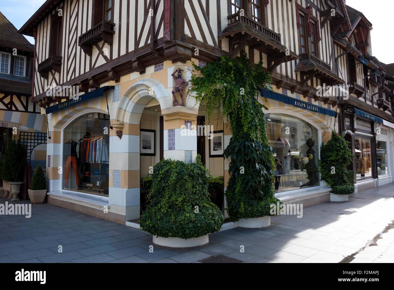 Magasin de vêtements Ralph Lauren à Deauville Normandie le nord de la France 82b5e765f95