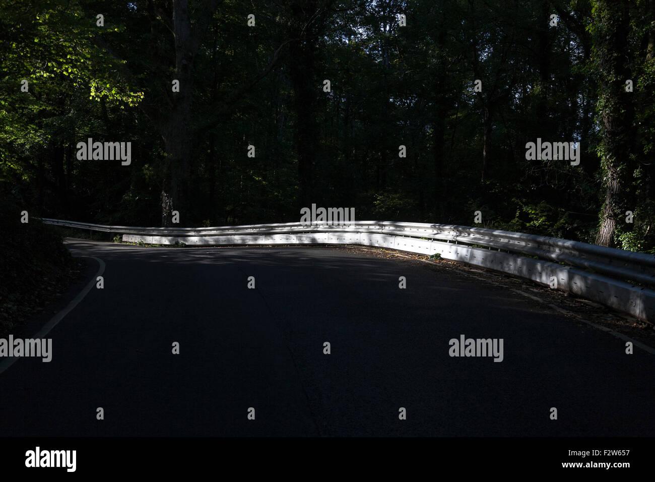 Les barrières d'acier,léger, facile à assembler, alternative à l'écrasement sur Photo Stock