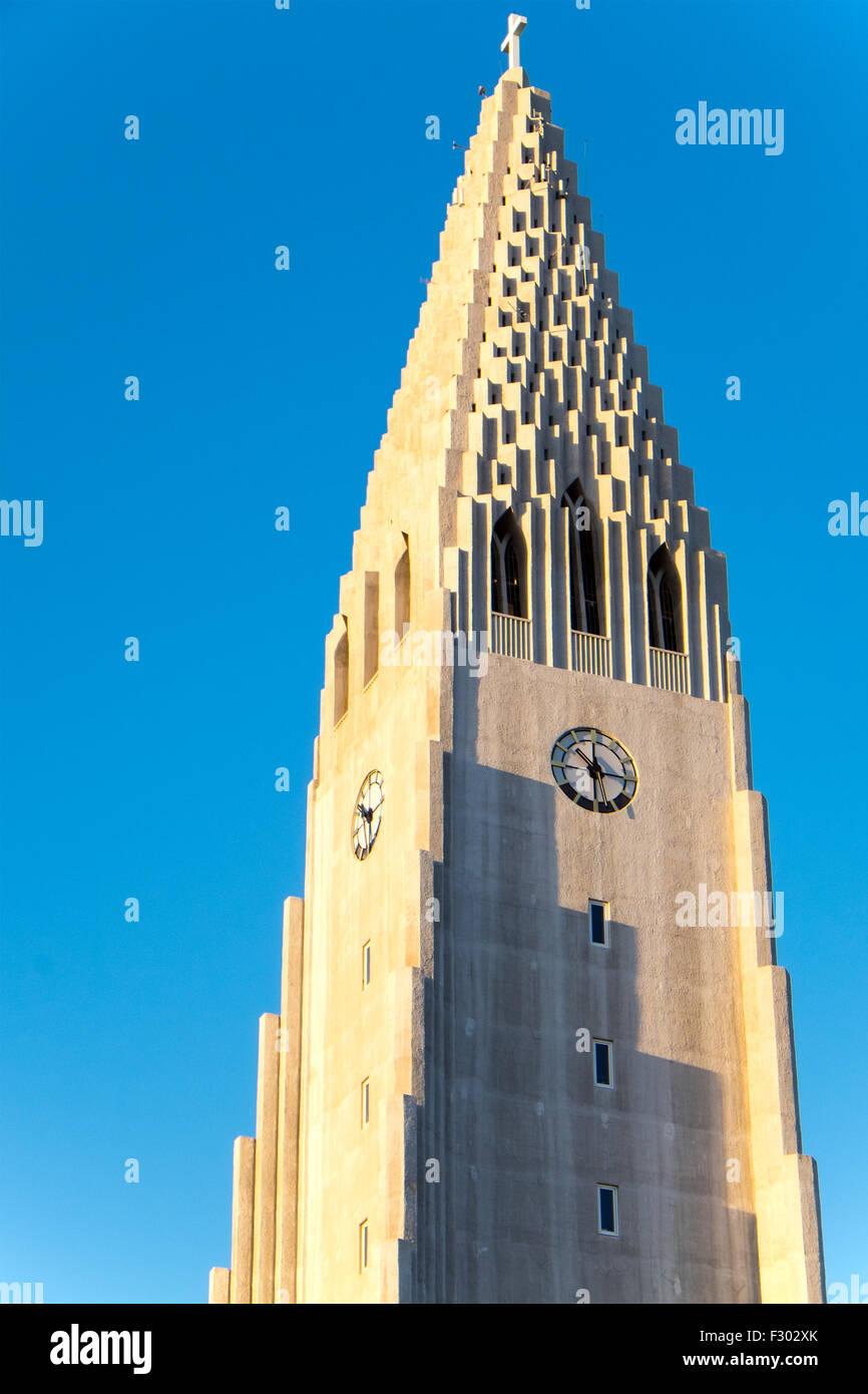 La tour de l'Islande, à Reykjavik Hallgrimskirkja Banque D'Images