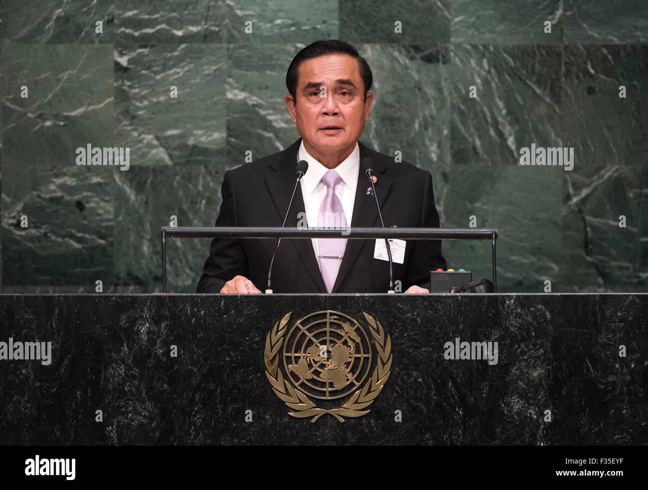 New York, NY, USA 29 Sep, 2015. Premier Ministre thaïlandais Prayut Chan-o-cha traite de la 70e session de l'Assemblée générale des Nations Unies au siège des Nations Unies à New York, le 29 septembre, 2015. Photo ONU/Cia Pak/Xinhua/Alamy Live News Banque D'Images