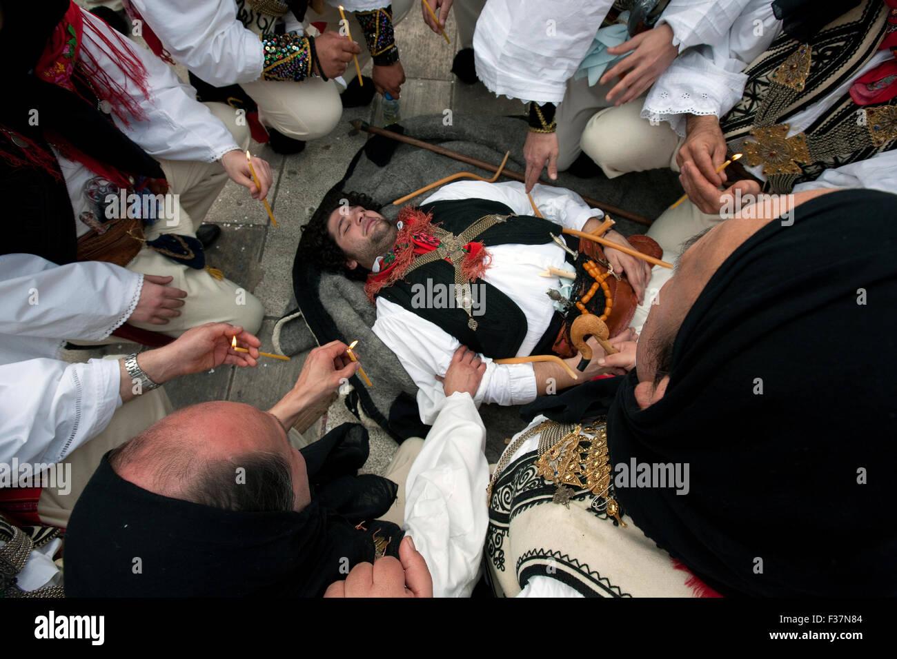 """'Dance bachiques des morts"""" symbolisation rituelle de la symbolisation de la nature's ressurection Photo Stock"""