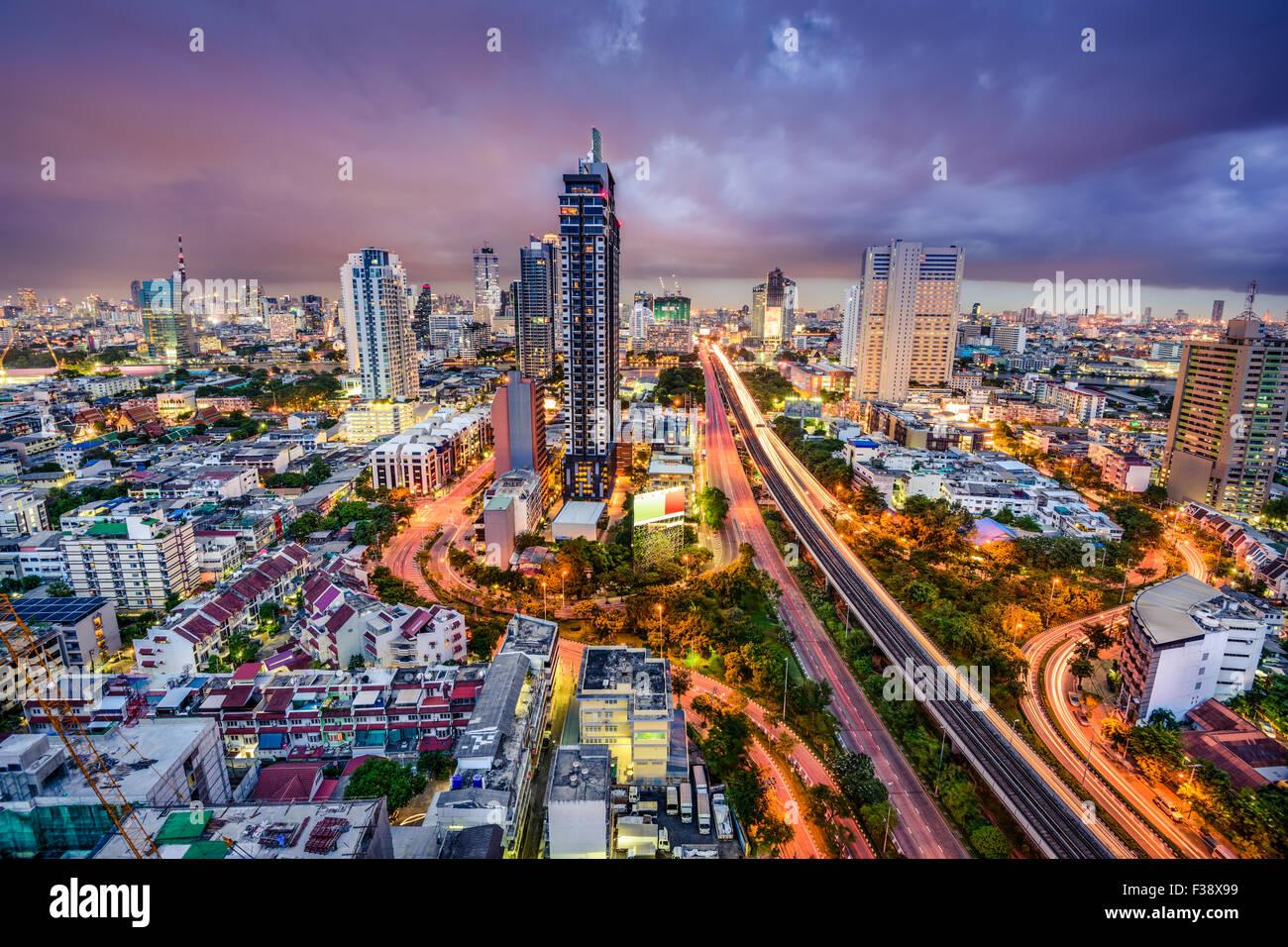 Bangkok, Thaïlande crépuscule paysage urbain. Photo Stock