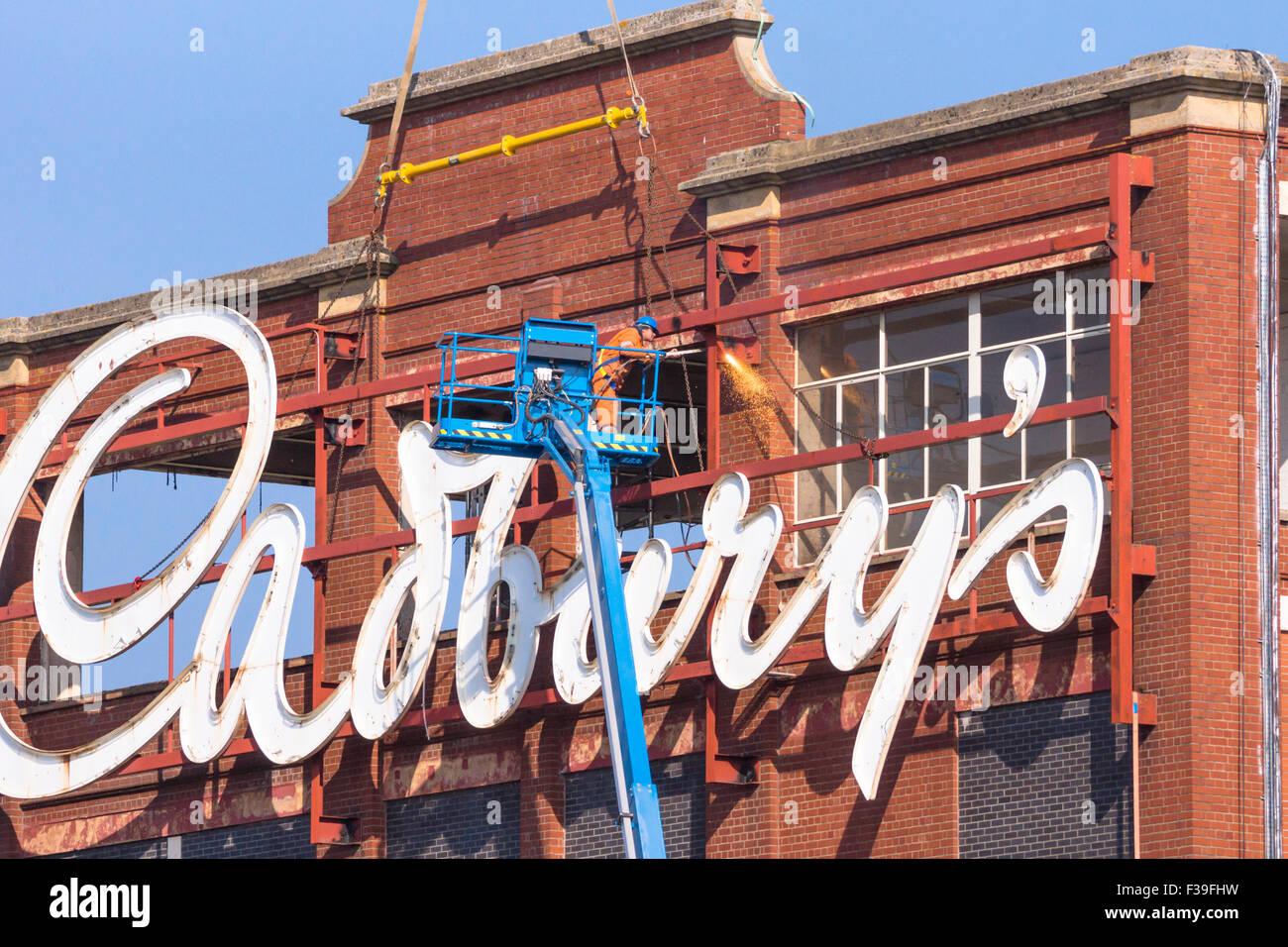 Keynsham, Somerset, Royaume-Uni. 2 octobre, 2015. Construit par la famille Fry qui a fusionné avec Cadbury's Photo Stock
