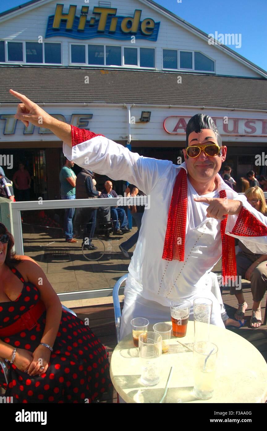 Imitateur d'Elvis à l'Hi-Tide, Elvies Porthcawl, festival, South Wales, UK Photo Stock