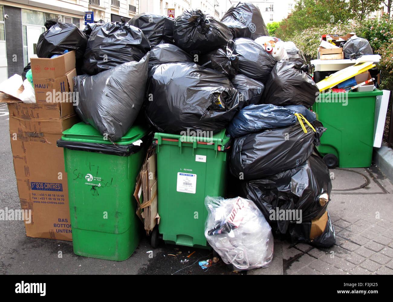 Grève de la collecte des ordures ménagères,Paris,France Banque D'Images