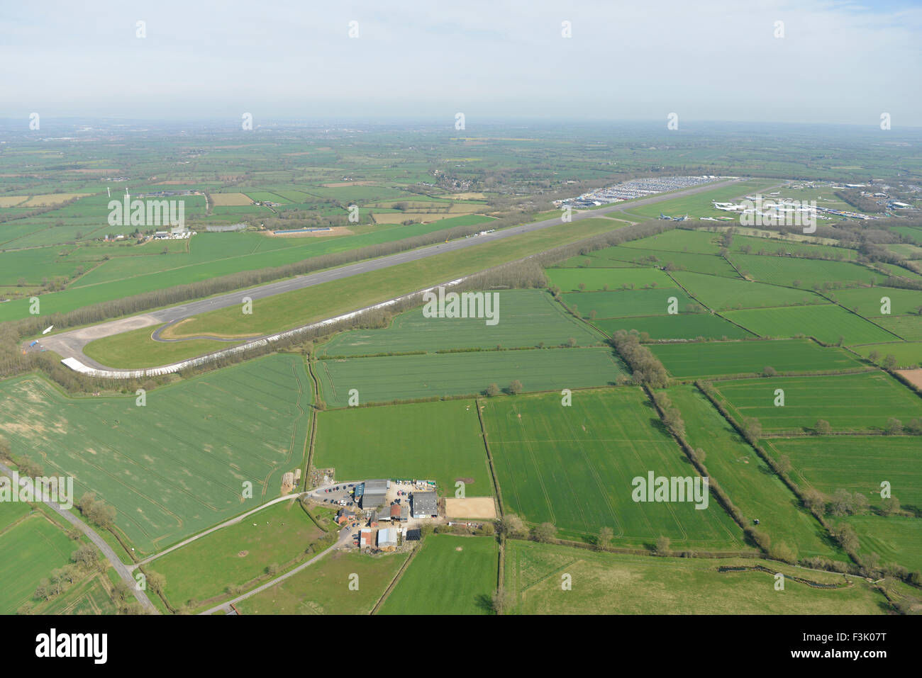 Photo aérienne de l'aérodrome et l'Bruntingthorpe proving ground véhicule, Leicestershire Photo Stock