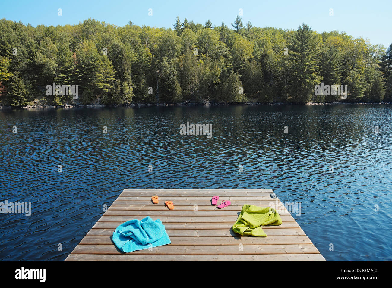 Canada,Ontario,Pier,Lac,Serviette,Absence Photo Stock