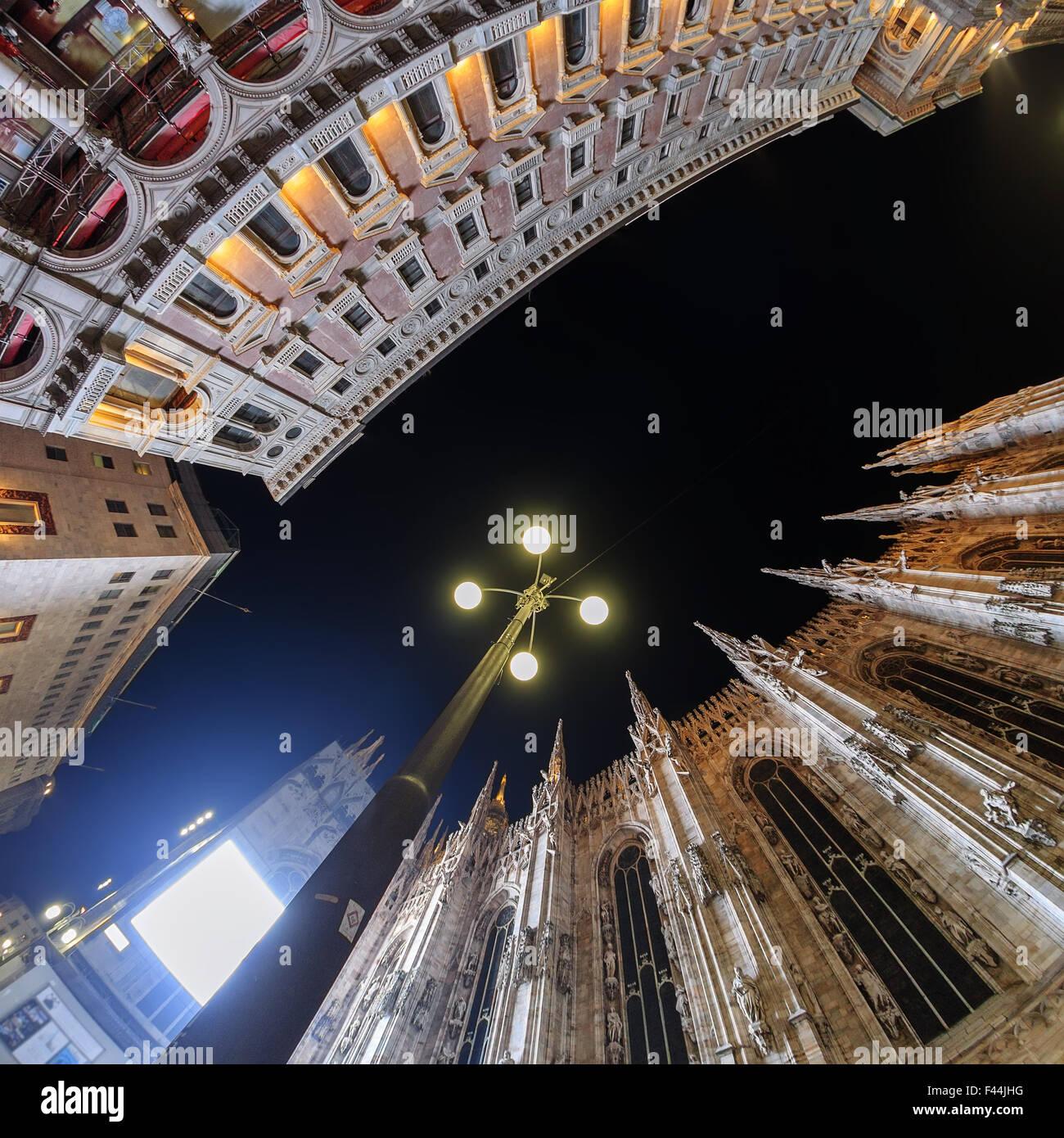 La cathédrale de Milan vue grand angle Photo Stock