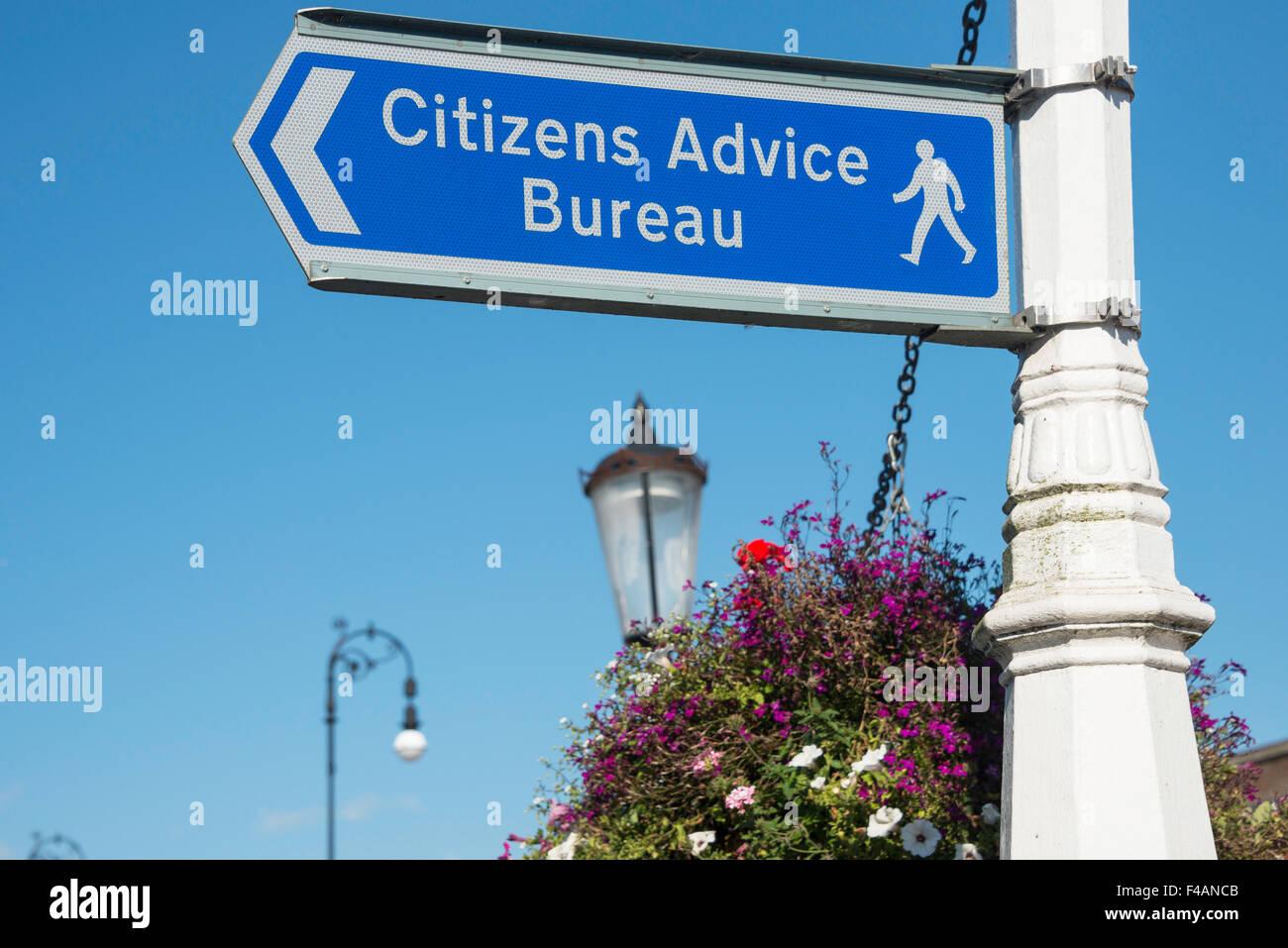 Le Bureau de conseil aux citoyens signe, Tonbridge Road, Tonbridge, Kent, Angleterre, Royaume-Uni Photo Stock