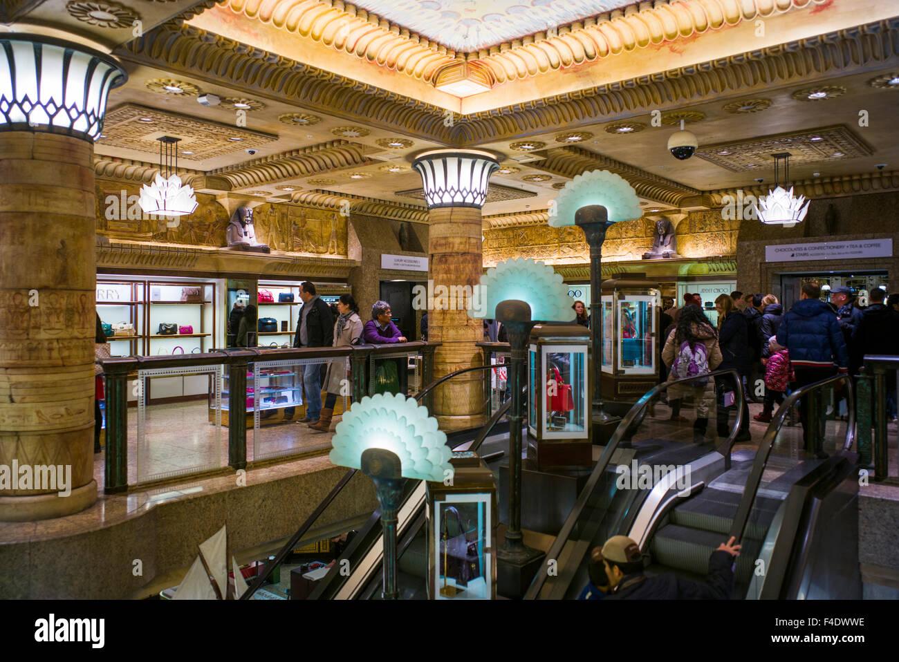 langleterre londres knightsbridge harrods department store de l intrieur